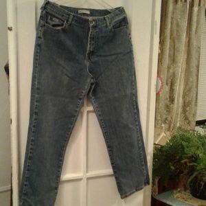 Ladies Fashionable Jeans